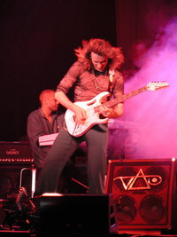 Steve Vai at Astoria!! - Is Steve in one of his most beautiful shows in his career Astoria 1991.