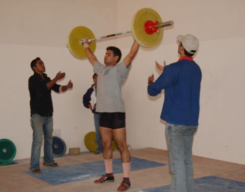 weightlifting - i am doing weightlifting in this photo....