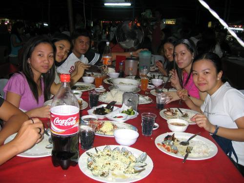 friendship dine  - dine with friends