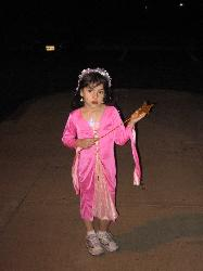 my daughter at halloween - this is her in question the one im tryin to get back? pls help