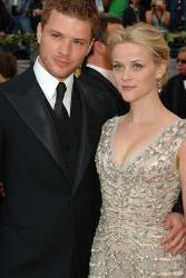 Reese Witherspoon and Ryan Phillipe - They split