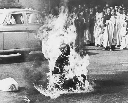 Burn Himself - Buddhiest Burning himself