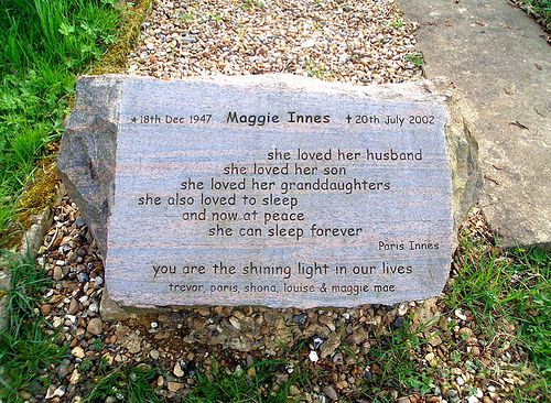 funny tombstone! - I like the fact that a person can have their last humorous moment on their own gravestone... that shows real comic genius!