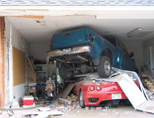 Ooops! - car wreck