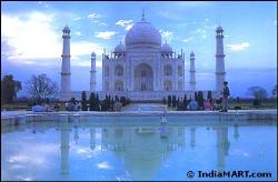 Beutiful - Taj Mahal constructed for love.