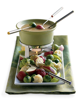 Cheddar and Stout Fondue - Makes me think of Beer Cheese soup, yum!