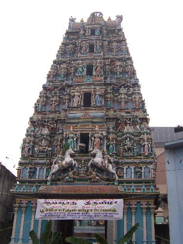 Hindu Temple... Kuala Lumpur Malaysia - This is a beautiful hindu temple in Kuala Lumpur, Malaysia... it is so extra ordinary...