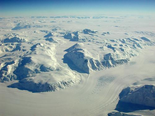 The rocks are becoming bare in Antarctica, does it - The effects of global warming are slowly begining to show its true colour in antarctica, should the world engage in more rhetoric in dealing with the green house effect?