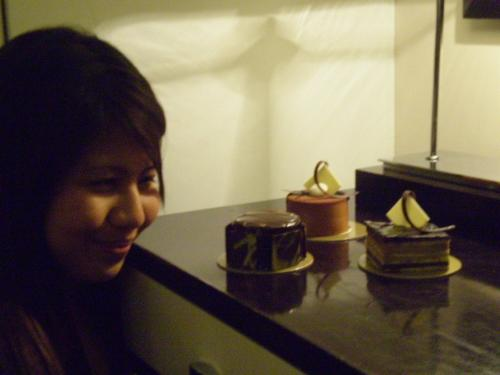 cakes - uhhmmmmmmm yummy....