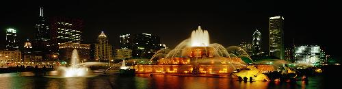Buckingham Fountain - Located downtown Chicago, near da lake.(Michigan, of course).