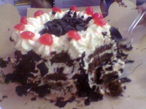 cake - black forest cake from goldilocks