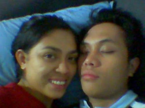 sleepy head - my hubby used to get alot of sleep before he work as a call center agent...and now he doesn't get good and enough ZZZz...pls help.