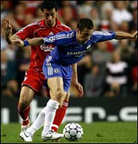 Joe coal - Joe Cole scored the only goal of the game as Chelsea emerged from the first leg of their Champions League semi-final with a 1-0 advantage over Liverpool to take to Anfield.