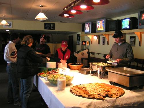 Snacks - this is a picture of peoples having snacks in the party