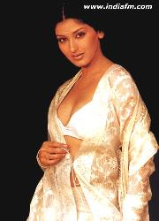 smart girl - sonali bendre, an indian star