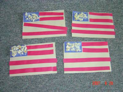 4th of July Craft for kids - 4th of July Flag craft with popcorn stars