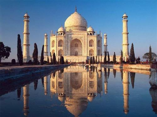 Wonder of the World - Taj Mahal. The symbol of love.