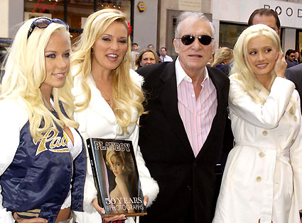 What a Lucky Guy!!! - Hef& The 3 Girlfriends