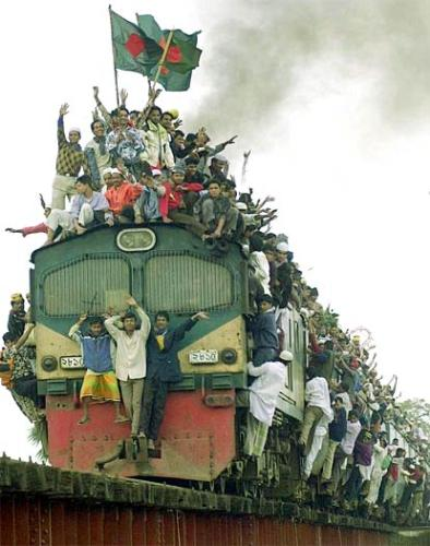 crowded - over crowded train