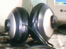 pic - mic wid headset