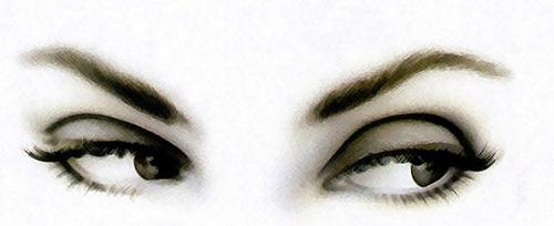 my girl friend's eyes!!! - Here are my girl friend's eyes and i hope you will share your feelings of your first proposal!!!!