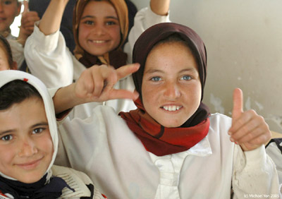 Young girls in Iraq - Very young Iraqi girls
