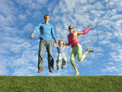 Family Jump - this family is loking so happy and how nice couple they are and right now have a cute baby