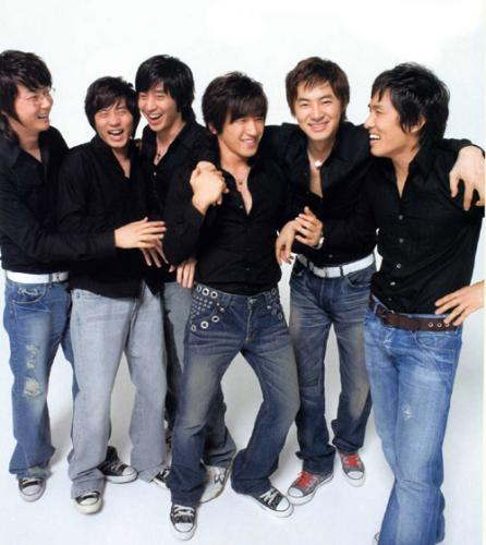 Shinhwa - This is one of the Shinhwa image which i really love it.
