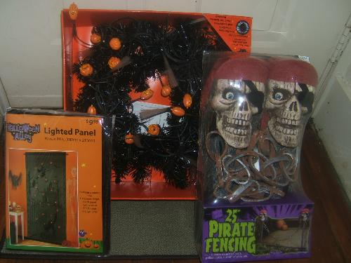 Halloween decorations for Christmas? - halloween decorations