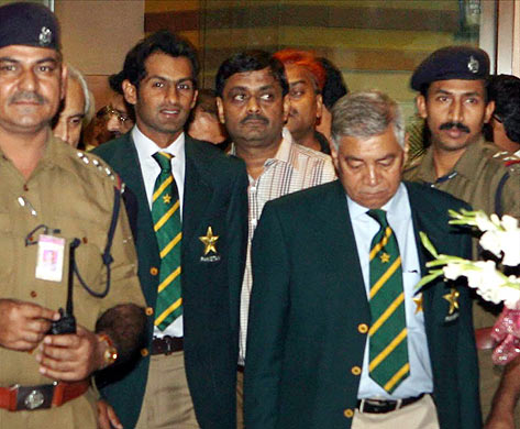 Pak arrives in India - This image is on arrival in India of Pakistan team.