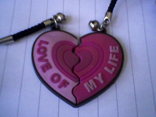 little heart for my friends - This little heart show my love for each off you my dear friends