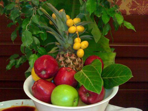 Fruits the best medicine - For all kinds of health problem that we encounter in life we spend a lot of money for medicine but if we only know that fruits is the best medicine or weapon to keep away from the sickness.