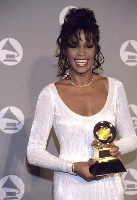 Whitney Houston at the Grammy's. - She looked beautiful 12 years ago!