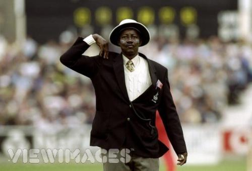 Steve Bucknor - International Cricket's Umpire who involved so much wrong decisions.