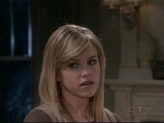 GH's Lulu Spencer - Screencap taken by me on Mon Feb 4 of ABC and General Hospital's Julie Marie Berman as Lesley Lu Spencer (Lulu)