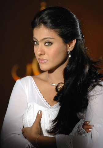 Kajol Pressing her Breast - Don&#39;t see it