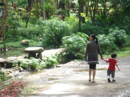 Time spent at it's best... - A walk with her child at the Baguio botanical garden..
