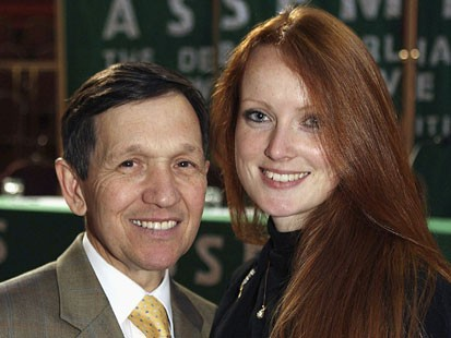 My dream man... get her outta there! - Kucinich.. just replace his gorgeous wife with me!