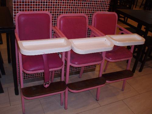 baby chairs - Many toddlers feel pleasant and enjoy eating themselves sitting in the baby chair in restaurant.