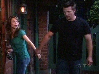 Jason and Liz - Liason meet outside of Kelly's