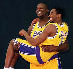 bittersweet truth - Kobe can't do it without shaq???