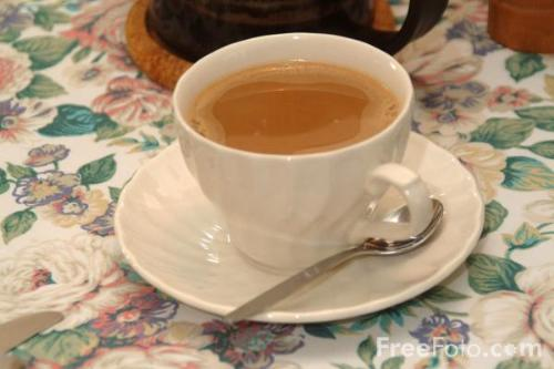 A cup of tea - Drinking tea is healthier than water