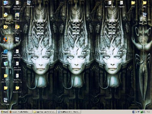 My desktop - HR Giger's Li II