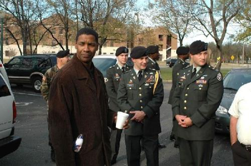 Denzel Washington at Brooks Medical Center - Picture of Denzel Washington at the Brooks Medical Center. He visited the Medical center in 2004 and then gave a donation to the Fisher House nearby which houses families of the wounded.