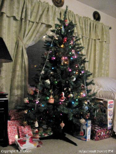My Tree - Ready for the kids and grandkids to tear open their gifts.