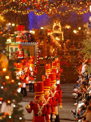 Christmas Parade - tonight is our Christmas Parade.