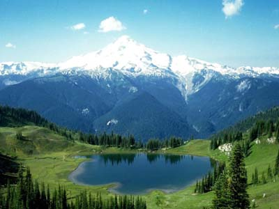 Green Mountains - This is a mountain that's worth seeing. I would love to visit this place soon.