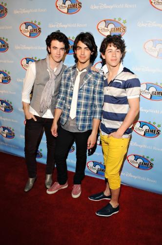 Jonas Brothers... - Jonas Brothers...