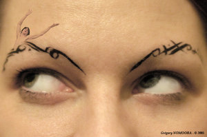 Dresden Dolls - Here is a little close up of Amanda's hand drawn eyebrows. She is the singer from the Dresden Dolls.