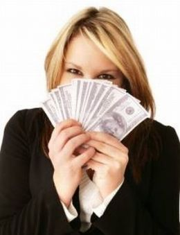 woman and finance - ladies need to be financially independent